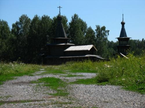 Новосибирск. Старинная сибирская церковь