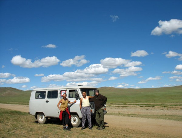 "Фото на память: Муни, Моги, Серж и наша ""буханка"""