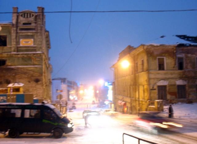 В центре Казани полно полуразрушенных старых домов