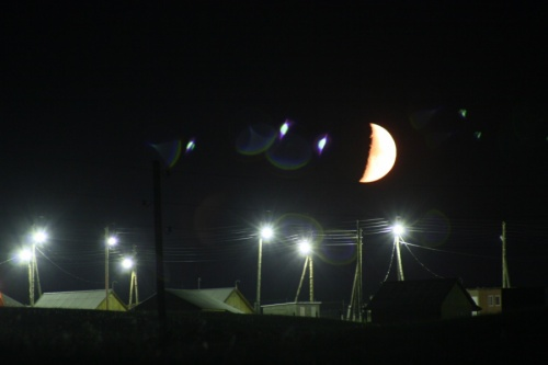 Луна вышла ненадолго