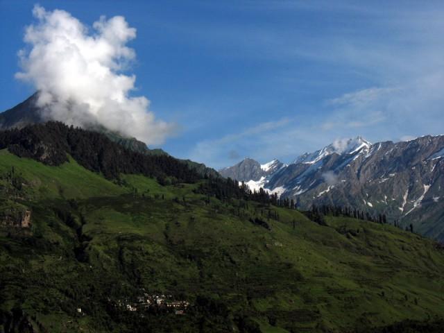 Вот так Гималаи выглядели сегодня утром