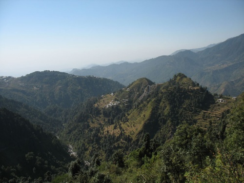 Вид с тропы на водопад