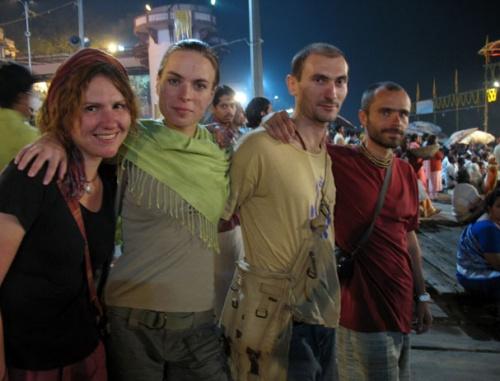 hime, Ольга, asur, Moony на Мейн гхате в Варанаси