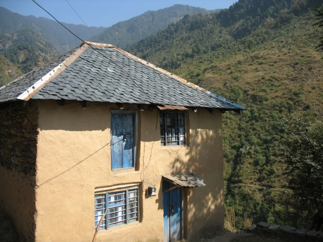 Домик в гималайской деревне