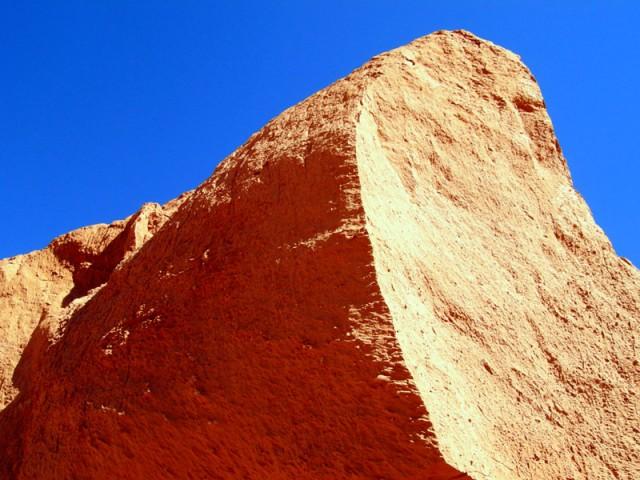 Скалы Баянзага. Пустыня Гоби, Монголия