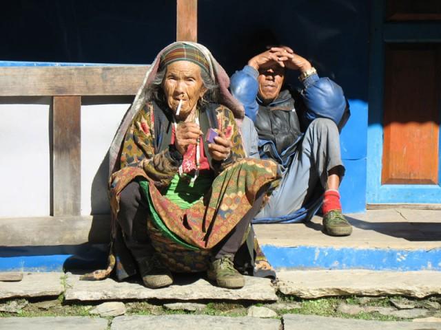 Непальская бабушка