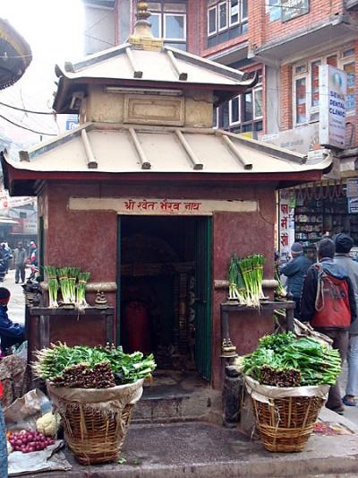 На улицах Катманду