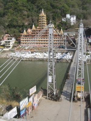 мост и дворец