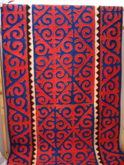 Киргизский ковер