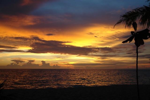 закаты на остров Фуко-уко