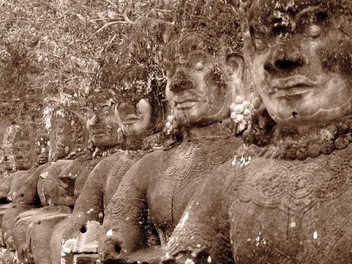 Одинаковые демоны. Ангкор Том