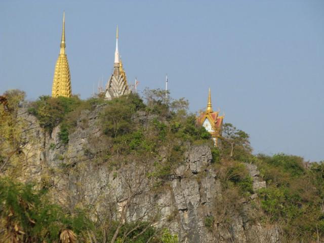 Пном Сампеу, Камбоджа