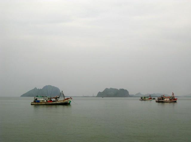Рыбацкие лодки в Хон Чонге