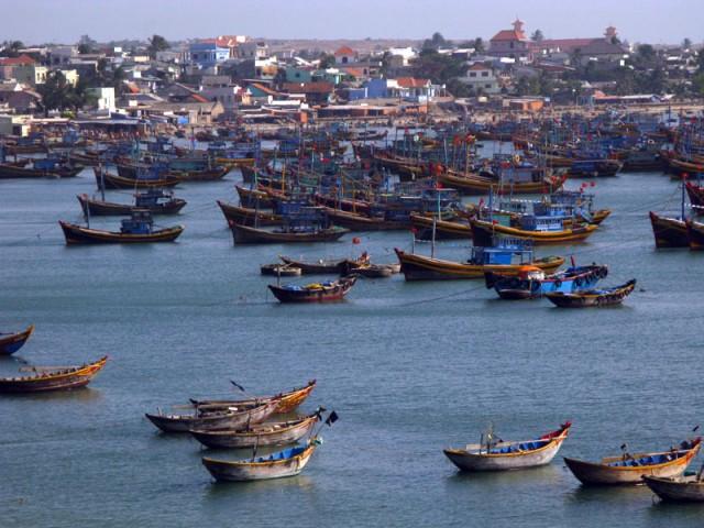 Лодки возле рыбацкой деревни Муй Не. Вьетнам