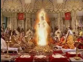 Агни даёт рисовую похлёбку для жён махараджа