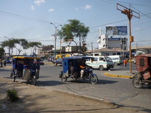 типичный перуанский транспорт