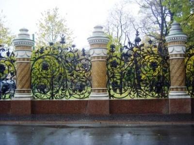ограда Михайловского парка