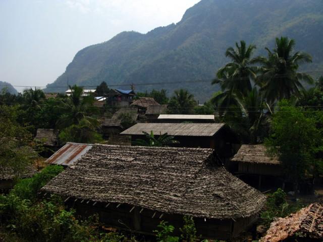 Деревня на границе