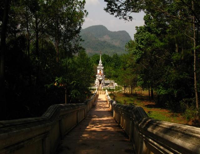 Прогулка в горах над Дои Анг Каном