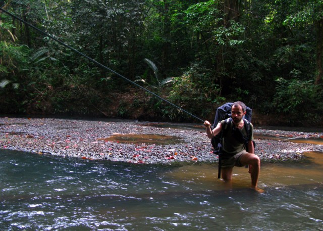 Переходим реку