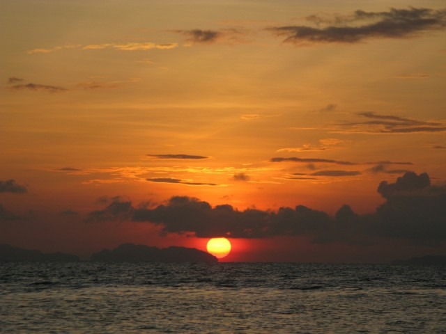 Рассвет над Андаманским морем