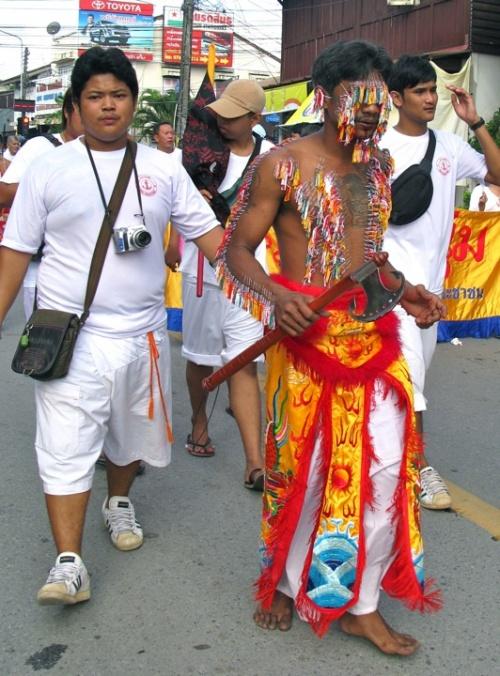 Вегетарианский фестиваль на Пхукете, Таиланд 19