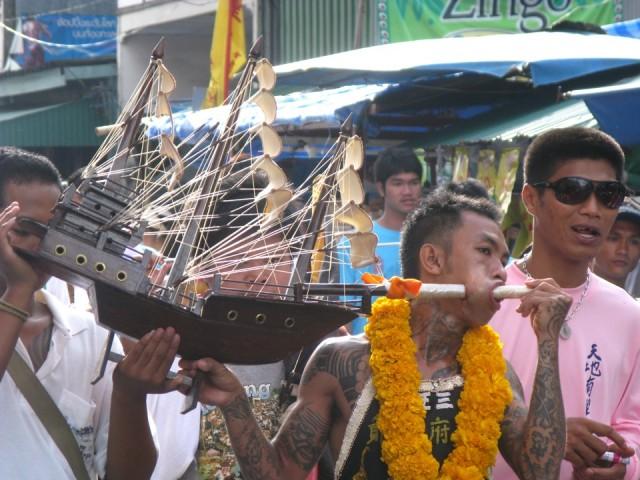 Вегетарианский фестиваль на Пхукете, Таиланд 3