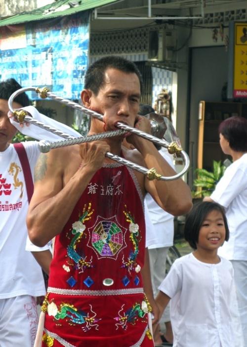 Вегетарианский фестиваль на Пхукете, Таиланд 6