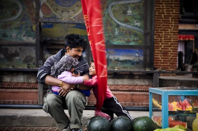 """Непал. Катманду. Торговец арбузами.Из серии: """"Жизнь города."""" """"Простое счастье."""" 2009 г."""