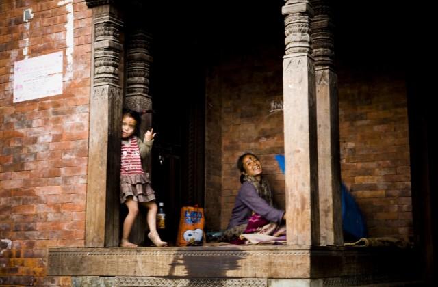 """Непал. Катманду. Из серии: """"Жизнь  города."""" """"Оторва."""" 2009 г."""