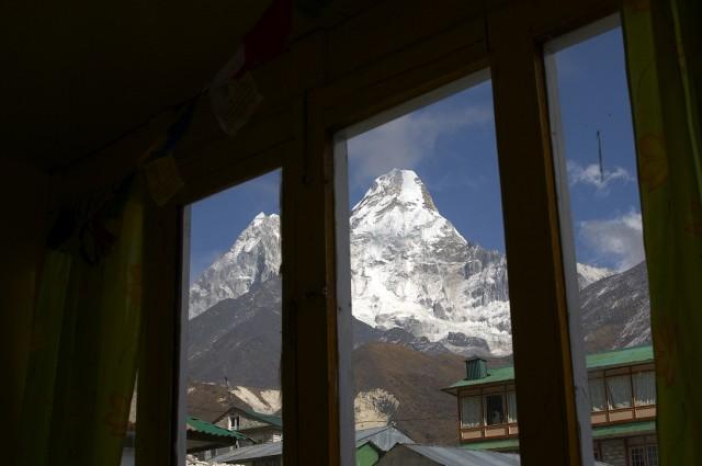 А из нашего окна Ама Даблам вся видна