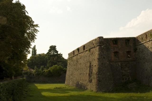 Неприступный замок