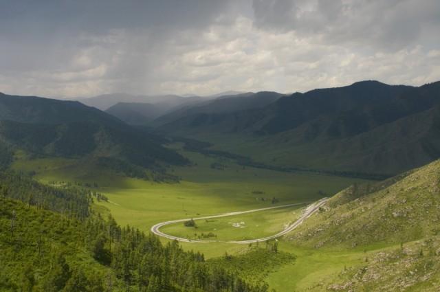Вид с перевала Чике-таман по дороге в Акташ