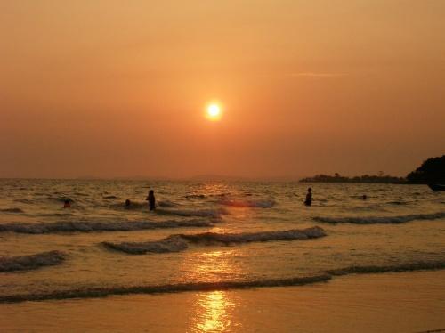Закат в Сиануквиле