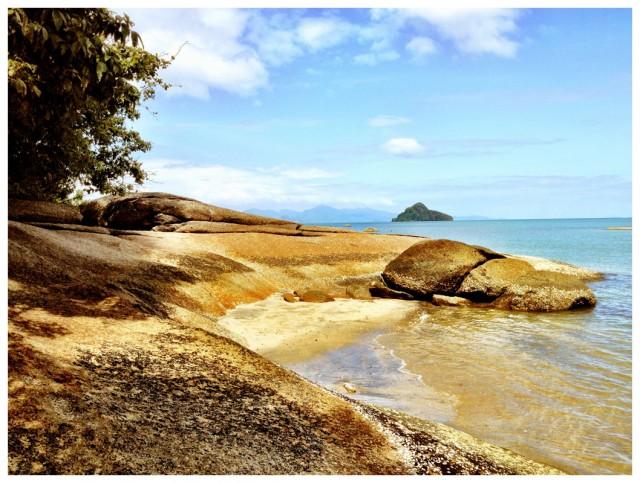 Black Sand Beach 09
