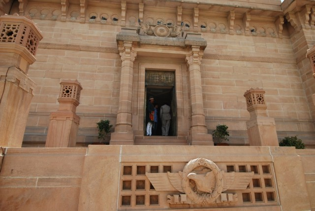 вход в дворец