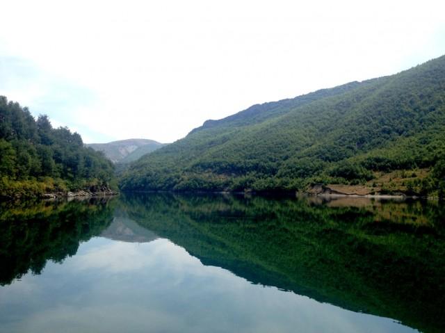 Komani Lake 16