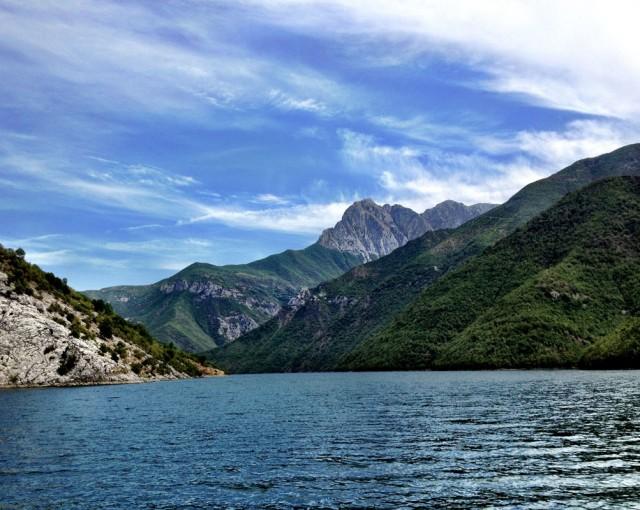 Komani Lake 06