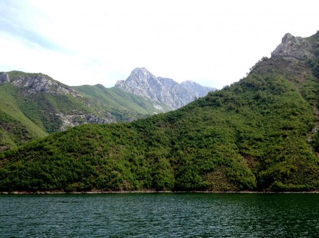 Komani Lake 07