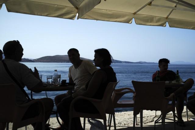 Кофе и море