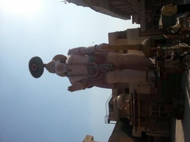 статуя Хануману