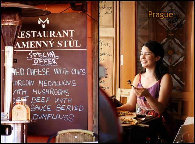 везде едят и болтают туристы