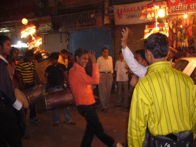 Свадебная процессия на Пахар-Гандж