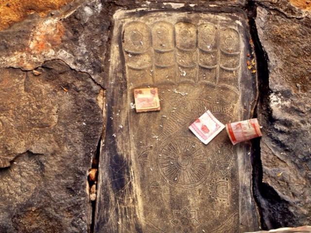 Отпечаток стопы Будды :)