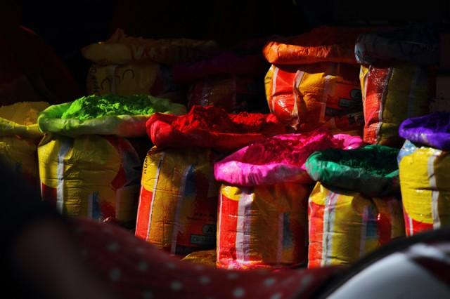 Краски на базаре в Джодхпуре