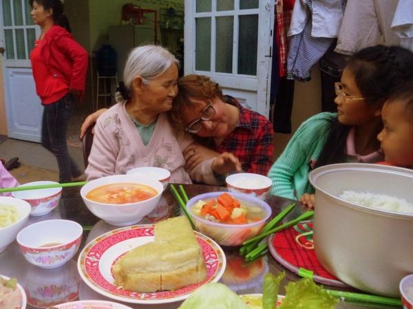 С бабушкой.