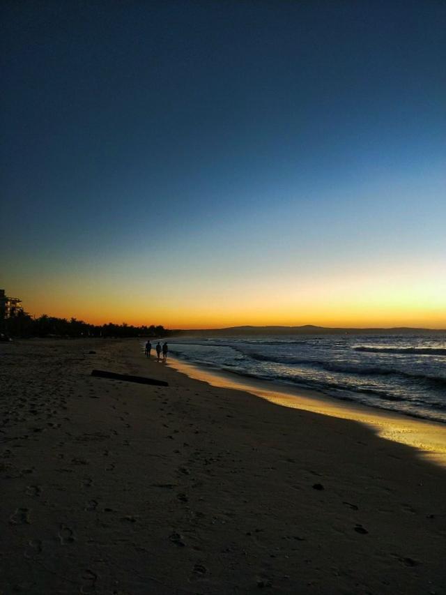 Предрассветный пляж