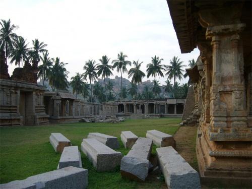 Храмовый комплекс Ачутарайя