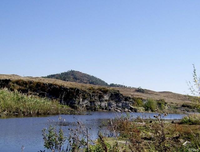 видна вершина горы Махнатка