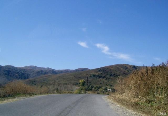 это устье современной дороги с Осиновского перевала